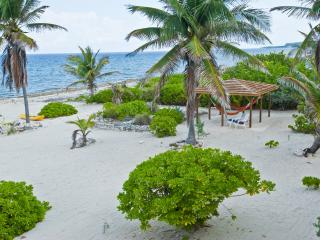Cayman Brac's Most Beautiful Seaside Rental, Caimán Brac