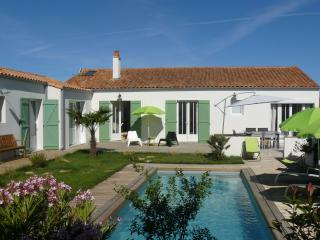 Villa Emeraude, au calme avec piscine chauffée, Saint-Martin-de-Ré