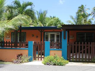 Casa Las Mareas - 45 seconds from the beach, Rincón