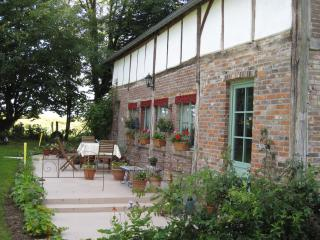 Delightful Normandy Cottage beautiful countryside, Gournay-en-Bray