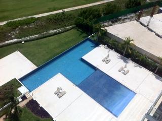 Elegant Cancun Condo*