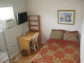 Cozy Very Centrally Located Miami 3 Bedroom UNIT