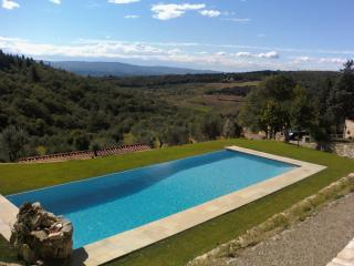 Cottage in Chianti, with pool, spa, and wonderview