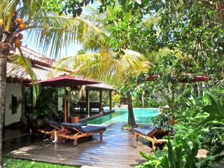 Villa Enggang Bali, Legian