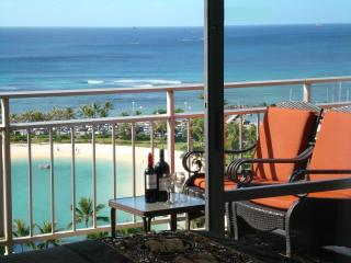 POSH*&*LAVISH - DIRECT OCEAN - 2 MASTER SUITES, Honolulu