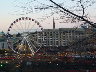 Central Edinburgh Holiday Apartment Rental