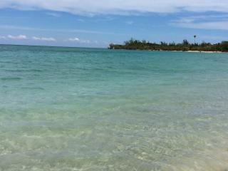 Topaz Villa, Runaway Bay