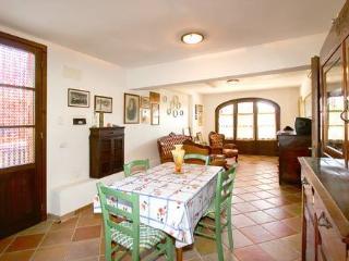 Appartamento 'Stella' 5 PL - salone con cucina attrezzata