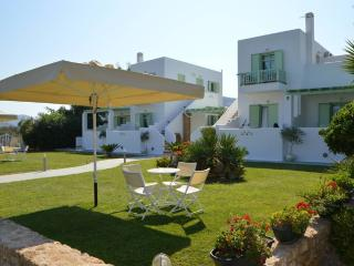 Lovely apartments complex in Skyros, Skyros Town