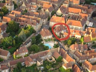 Belle petite maison, Domme