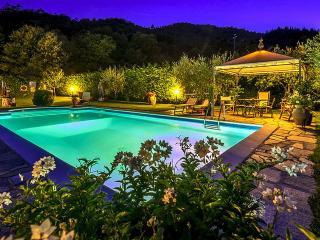 Villa Il Seccatoio a cozy stone House in Cortona