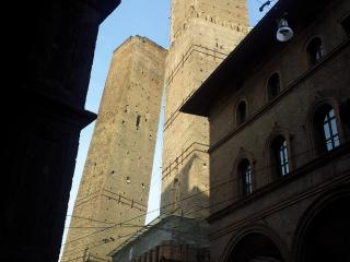 Bologna Fair Towers, Bolonha