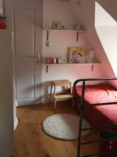 the landing allows a child to sleep close to the master bedroom