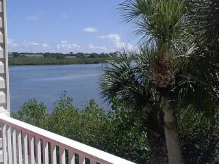 Gorgeous views of Intercoastal, walk to the Gulf!, Indian Shores