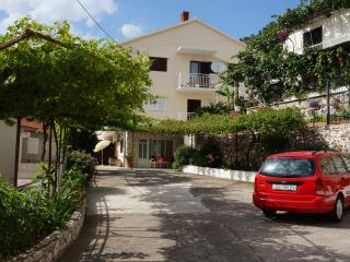 Apartment in the center of Hvar 1