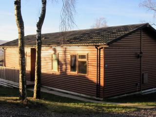 Lake District Holiday Lodge With Hot Tub Sleeps 4