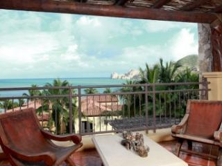 Fabulous 4 Bedroom Villa in Cabo San Lucas