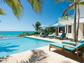 Fabulous 4 Bedroom Villa in Providenciales