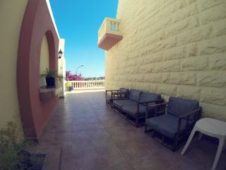 Villa Taormina with Pool, Mellieha