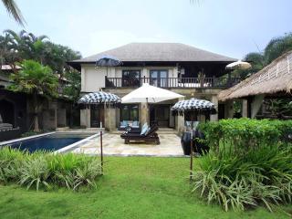 Villa Arjuna, Tanah Lot