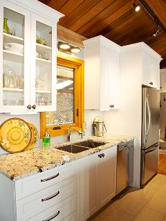 NEW ~ granite counter w stainless sink, dishwasher, filtered water, stainless fridge w filtered ice
