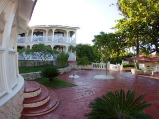 Confers Beach Tropical Studio Apartment, Puerto Plata