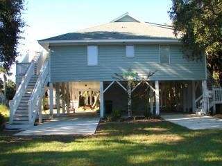 "1206 Nancy St - ""E-Z Does It"", Isla de Edisto"