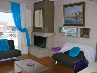 A Luxury Maisonette with Sea View, Pireo