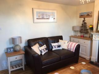 Beach Corner Cottage Walmer-1 min from Beach, Deal