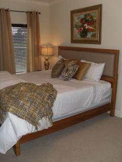Second floor king bedroom with en-suite