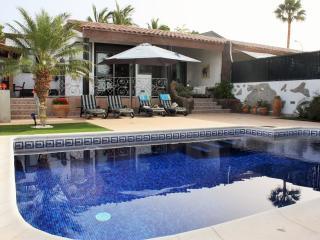 VILLA ANAÏS ROJA, Playa Paraíso