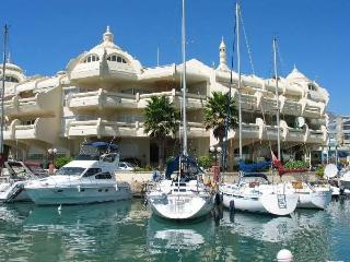 Beachside Benalmadena Marina Apartment  Pool Wifi  A/C  Next to Beach Sea Views!