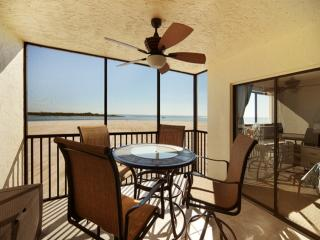 Carlos Pointe Bch Club 335 CP335, Fort Myers Beach