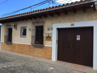 Apartamentos los Nazarenos APT 1, Antigua
