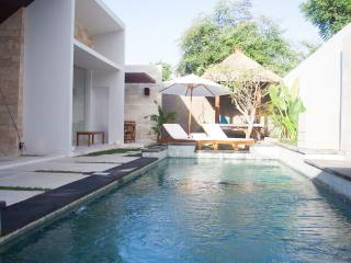 Villa Scena - Romantic 2 BR villa, Nusa Dua