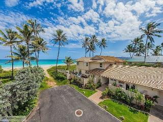 Place in Paradise - Kailua - Stunning Beachfront, licensed 5 bd/5.5 bath