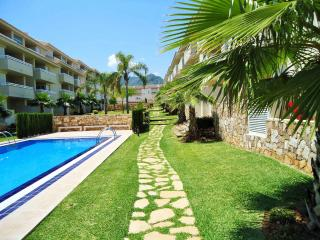 Ground floor / Pool side apartment FREE WiFi, Pego