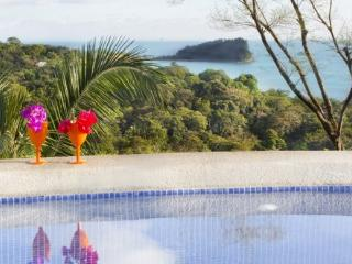 Top Rated Stunning Luxury Villa w Staff and Chef, Parc national Manuel Antonio
