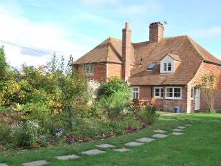 2 Appletree Cottage, Peasmarsh
