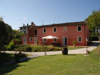 Casa Rosa Vacation Rental in Tuscany, San Michele di Moriano