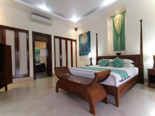 Two Bedrooms Villa close to surving beach