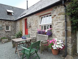 Pet Friendly Holiday Cottage - Sands Cottage, Talbenny Hall, Little Haven
