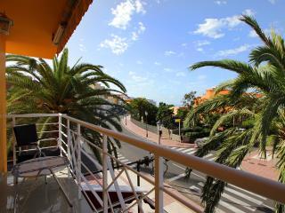 Soleado, WIFI, dos dormitorios y dos balcones