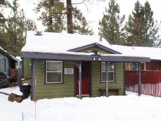 Lil Cabin, Big Bear City