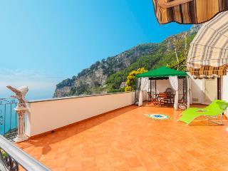 ORIGINAL Sogno di Amalfi: sea view Villa in Amalfi, Pogerola