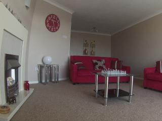 Hawkstone Bungalow  Near to Beautiful Beaches, Talybont