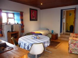 The Cheese House Self Catering Cottage, Auldgirth