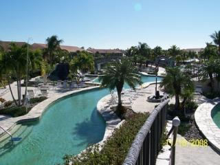 Falling Waters Beach Resort/Monthly Rental, Naples