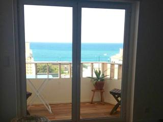 Amazing sea view beach apartment, Ericeira