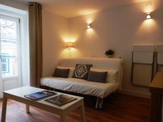 Bairro Alto Charming 1 Bd Apartment, Lisbon